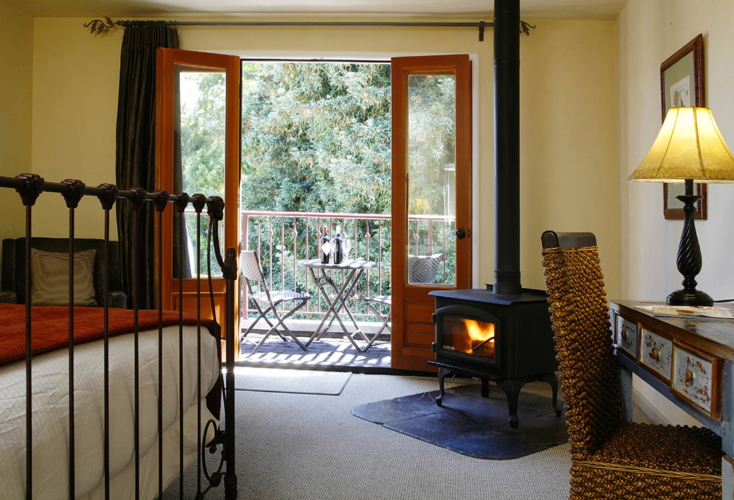 Mill Valley Inn Balcony Queen Room